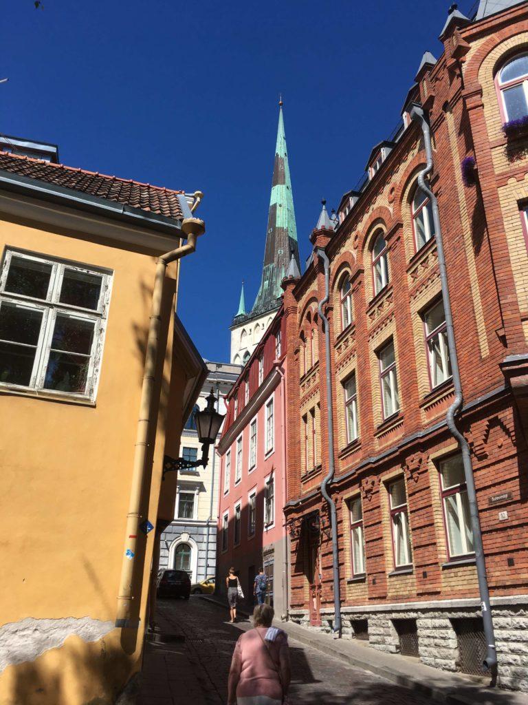 tallinn colorful buildings 2