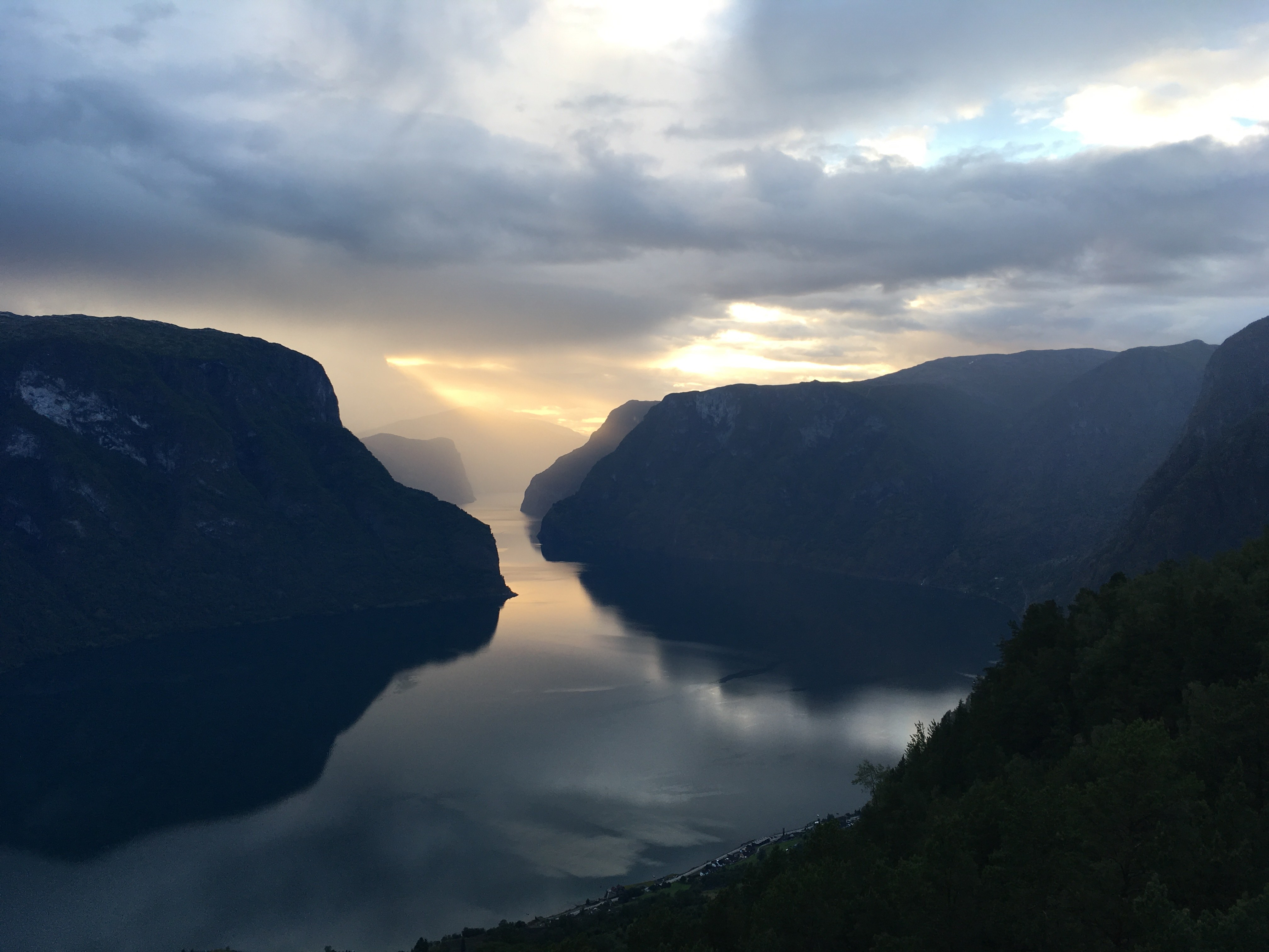 fjord view from Stegastein