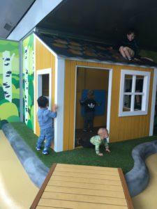 helsinki airport kids playground