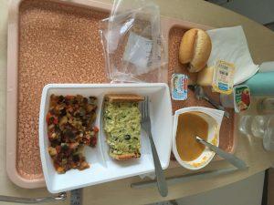 グルノーブルアルプス病院 夕食