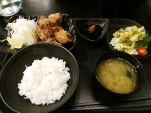 Tsuruの唐揚げ定食