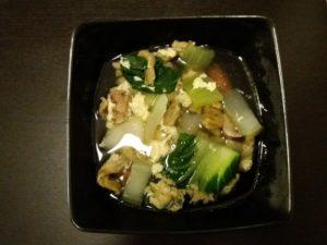 青梗菜とマッシュルームの卵スープ