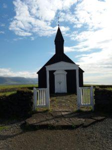 黒い教会Búdakirkja