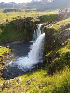 Kirkjufellの滝