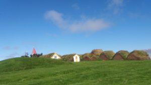 草葺き屋根のアイスランド