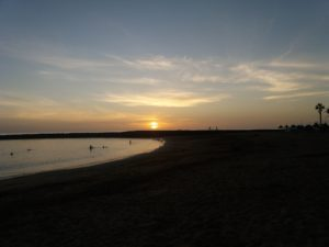 ビーチでの日没