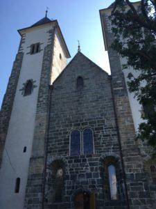 ブリッゲン後ろの教会